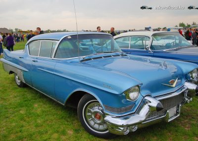 Eskuvoi auto Cadillac Fleetwood_02