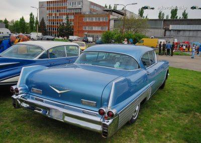 Eskuvoi auto Cadillac Fleetwood_03