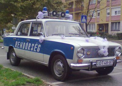 Eskuvoi auto rendor lada 001